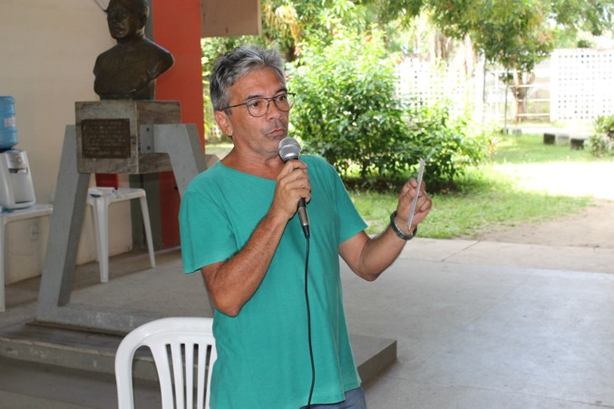 Paulo de Tarso esteve em assembleia.